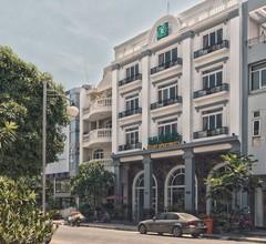 Emerald Serviced Apartments 2