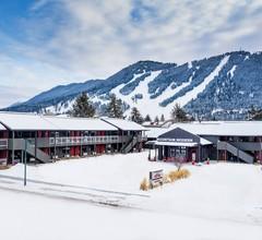 Mountain Modern Motel 2