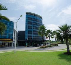 The Crew Hotel Kualanamu International Airport 1