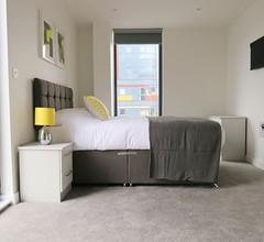 Quay Apartments Manchester 2