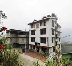 OYO 11630 Temi Residency 1