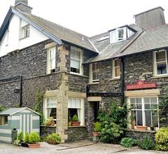 Oakfold House 1