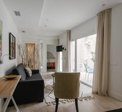 Suites Plaza del Salvador 1