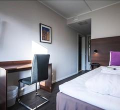 First Hotel Solna 2