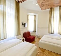Hostel Franz Ferdinand 2