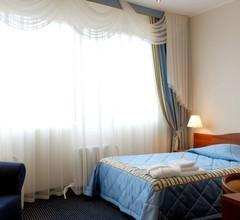 Guru Hotel 2