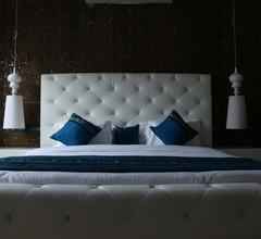 Luxe Loft 2