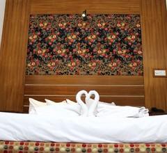 Nagar Valley Hotel 2