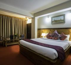 Hotel White Yak 1