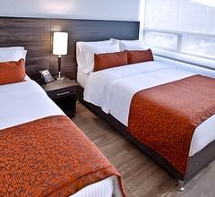 Az Hotel 2