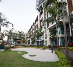 Tropical Villa Service Suite 1