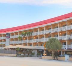 Royal Beach Palace 1
