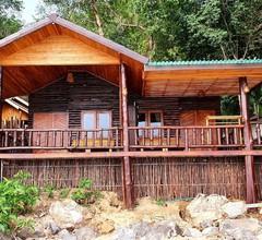 Koh Jum Ocean Beach Resort 1