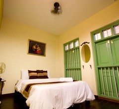 Luang Poj Boutique Hostel 1