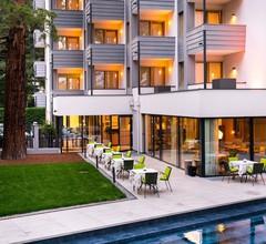 Flora Hotel & Suites 2