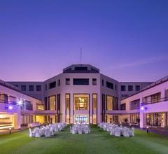 Eastin Thana City Golf Resort Bangkok 2