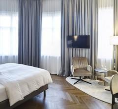 Steigenberger Hotel Herrenhof 1