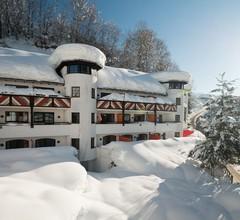 Family Hotel Schloss Rosenegg 2