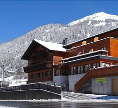 Hotel Vallüla 2