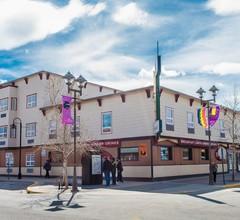 Edgewater Hotel 1