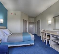 Motel 6 London 1