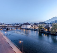 The Tourist City & River Hotel Lucerne 1
