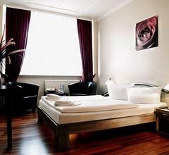 The Aga's Hotel Berlin 2