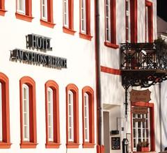 Hotel am Schloss Biebrich 1