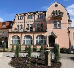 Villa Thea Kur-Hotel am Rosengarten 2