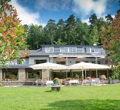 Romantik Waldhotel Mangold 1