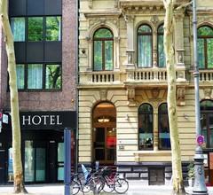 The Ascot Hotel Köln 1