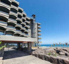 Hotel Faro, a Lopesan Collection Hotel 2