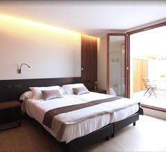 Hotel Raval de la Mar 2