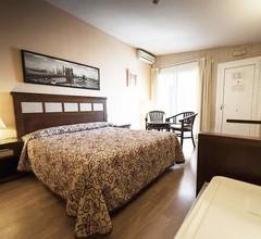 Hotel Playa Canet 1