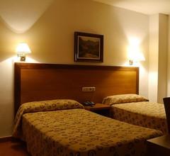 Hotel Torrezaf 2