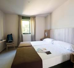 Benvido Monte Do Gozo - Hostel 1