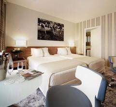 Holiday Inn Nice - Saint Laurent Du Var 2