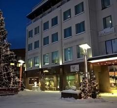 Santa's Hotel Santa Claus 2