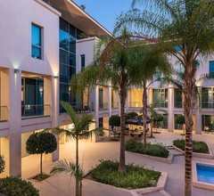 Trianon Luxury Apartments & Suites 2