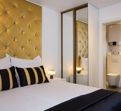 B Gold Luxury Rooms 2
