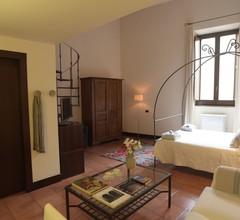 Palazzo Piccolomini 2