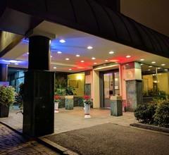 Santa Barbara Hotel 1