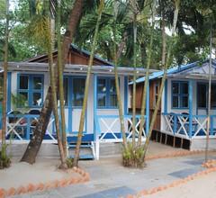 Cafe Blue Hotel 1