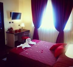 Hotel Paradiso 2