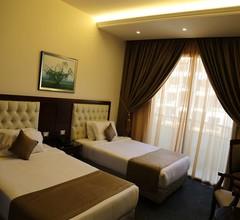 Golden Tulip Midtown Hotel and Suites 2