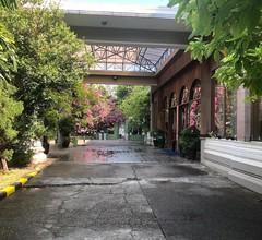 Yuzana Garden Hotel 2