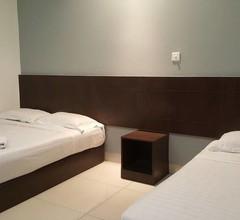 Tiong Nam Hotel 2