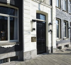 PH Hotel Oosteinde 1