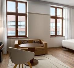 Ac Hotel By Marriott Wroclaw 2