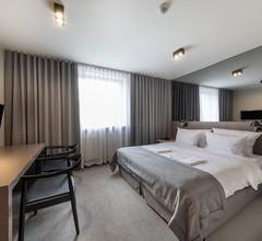 Hotel Ilonn 1